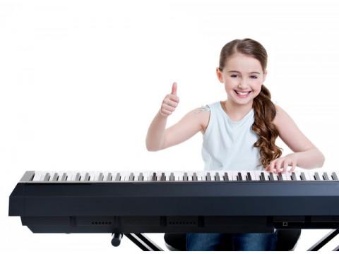 Chơi Piano giúp não bạn phát triển hơn người bình thường