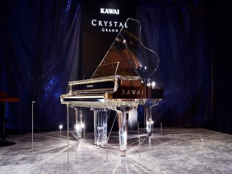 Crystal Grand Piano của Kawai và những cây đàn piano trong suốt
