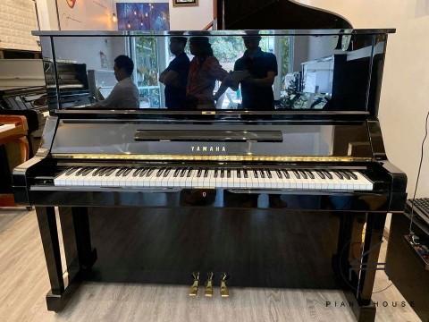 Review Đàn Piano Yamaha UX
