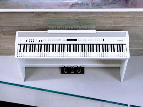 Roland FP-60X WH