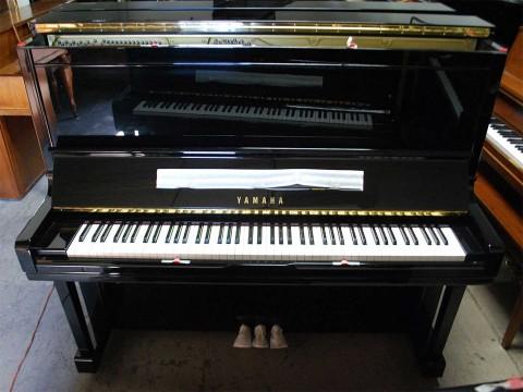 Review Đàn Piano Yamaha U300