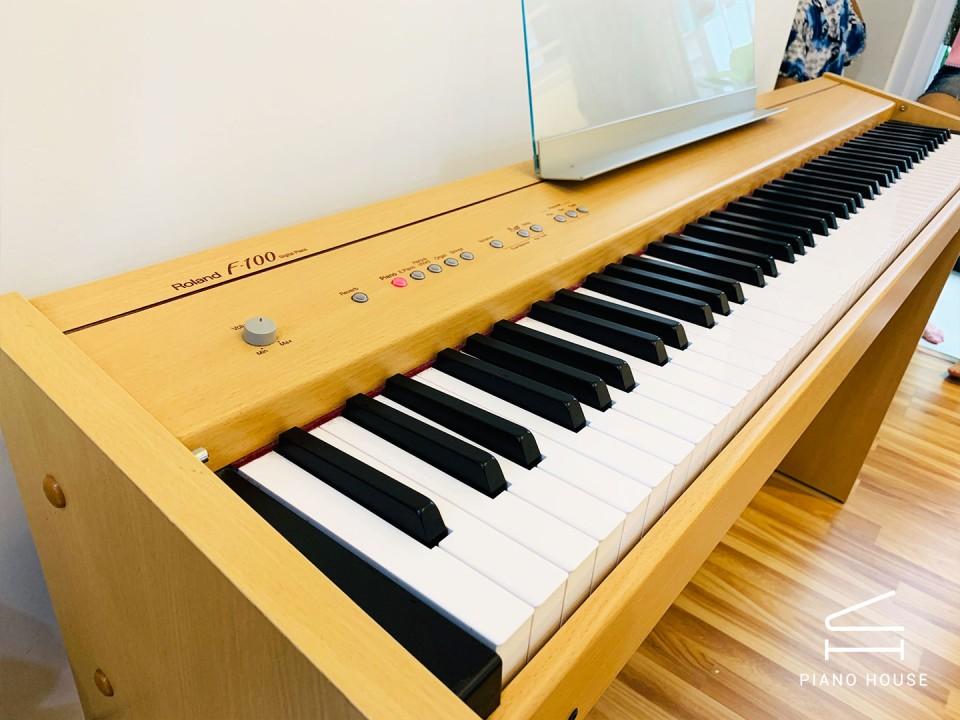 Đàn piano điện Roland F100 c giá rẻ nhất HCM | Piano House Vn