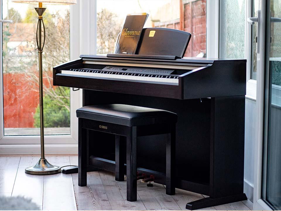 Bán đàn Piano YAMAHA CLP 130 mới 95% giá rẻ nhất HCM | Piano House Vn