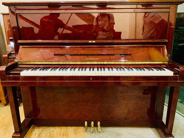 đàn piano diapason 132c màu nâu gỗ