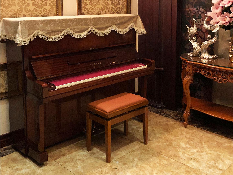 Đàn piano yamaha u3h mahogany màu gỗ