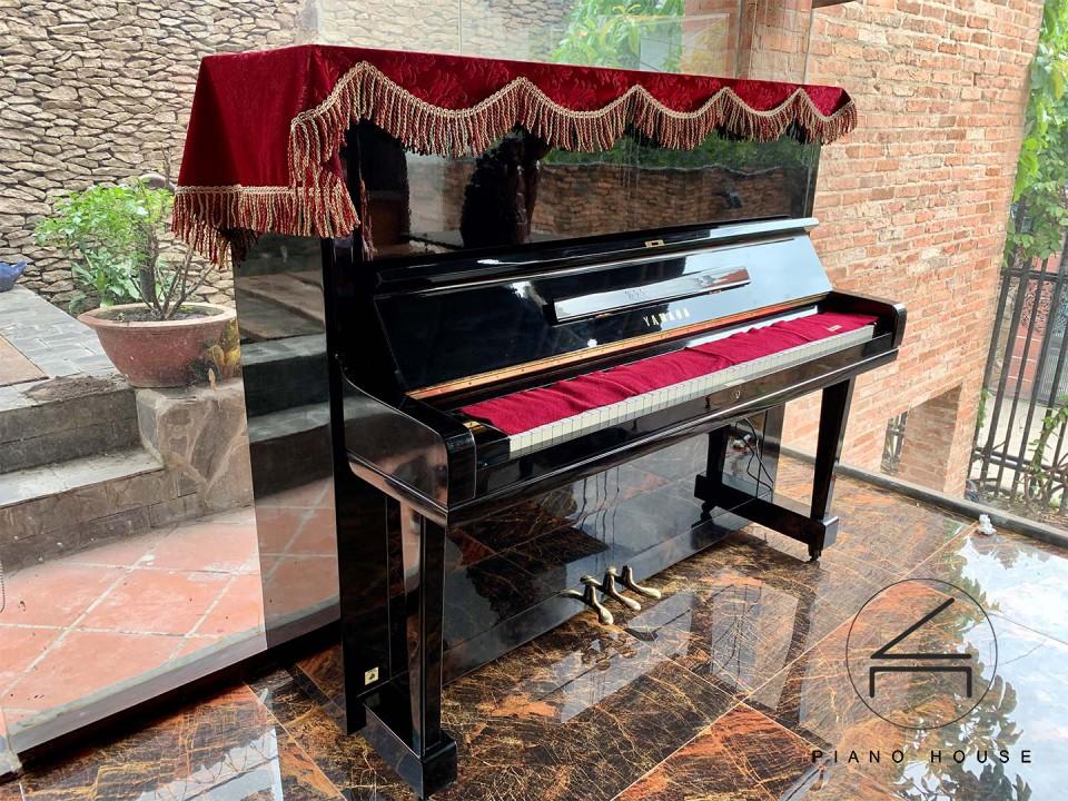 đàn piano yamaha u3h gia re hcm